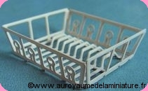 DECO CUISINE - EGOUTTOIR miniature vide en METAL