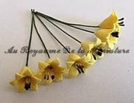 FLEURS COUPEES - LYS miniature, Coloris JAUNE - VENDU à l' UNITé