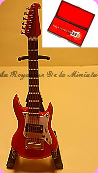 MUSIQUE LUXE - GUITARE miniature WASHBURN rouge