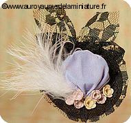 CHAPEAU miniature BLANC, Fleurs & Plumes & RUBANS