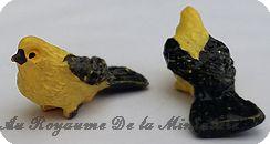 ANIMAUX miniatures > OISEAU miniature NOIR / JAUNE