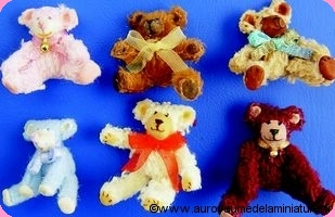 COLLECTION - Set 6 NOUNOURS  miniatures ASSIS -  D932