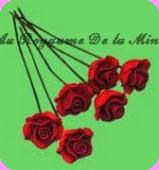 FLEURS COUPEES - ROSE miniature, Coloris JAUNE - VENDUE à l' UNITé