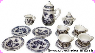 Set 15 pcs, SERVICE à CAFE / THE / DESSERT miniature,